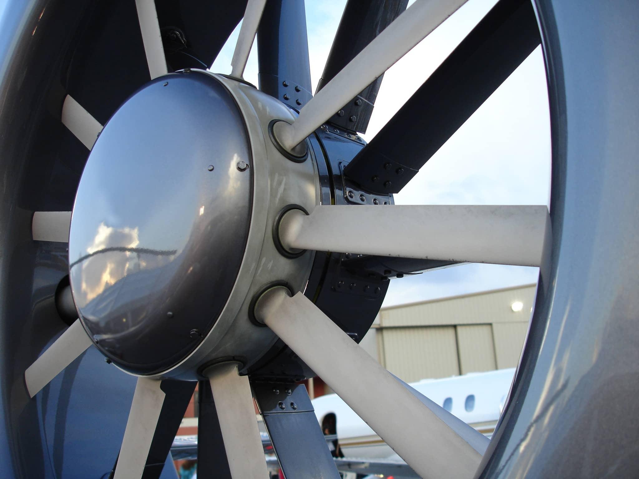 Close shot on a propeller outside an hagar